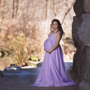 maternity dresses for photoshoot, maternity dresses for photography, baby shower dresses, maternity gown, tulle, maxi, lace, jersey