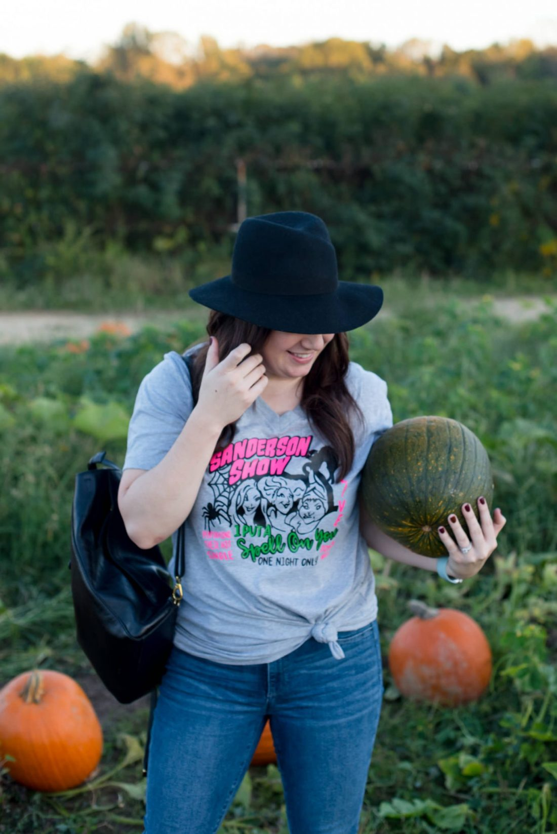 #halloween #hocuspocus | 15 Hocus Pocus Shirts to Wear This Halloween featured by top Atlanta fashion blog Miss Molly Moon