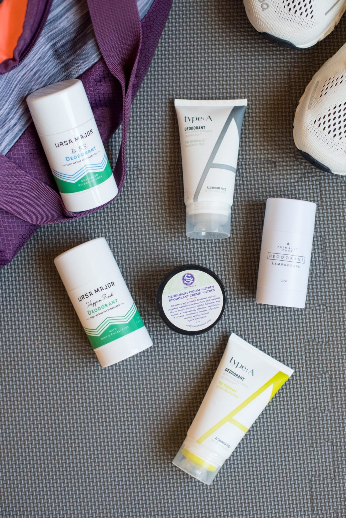 The best clean deodorant featured by top US beauty blogger, Miss Molly Moon