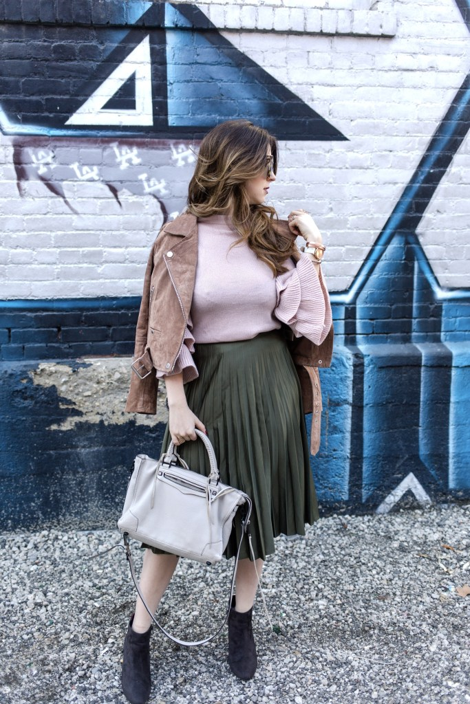 Olive Green and Pink is the best color combo