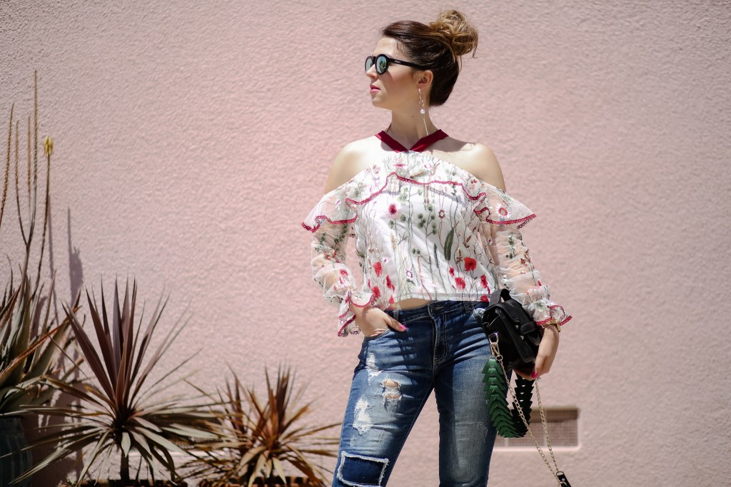 Cute top and jeans combo