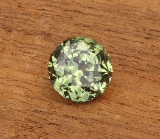 green montana sapphire round