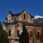 Spettri e delitti, i misteri della Casa Rossa