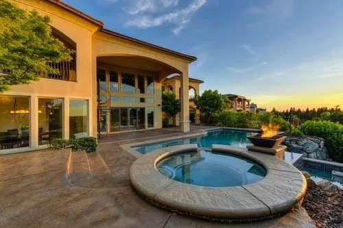 Real estate selling tips- house with a pool