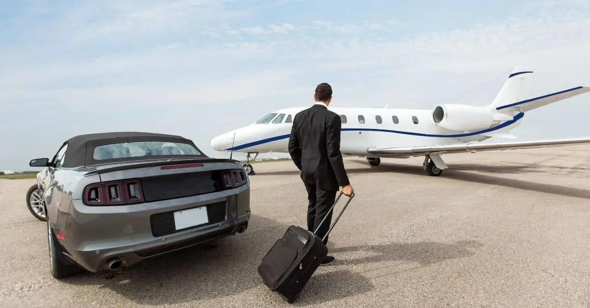 How to make 1 million dollars- small jet plane