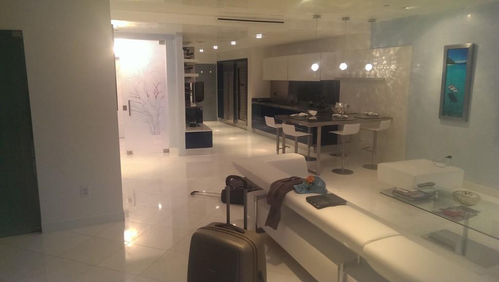 miami-beach-apartment-2