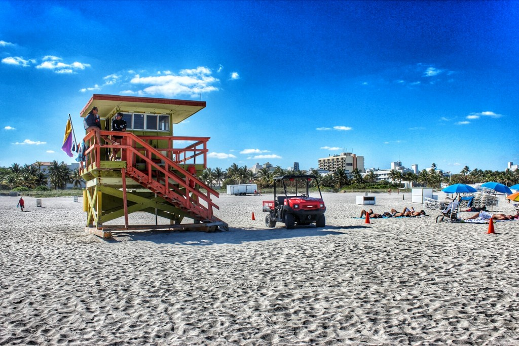 miami-beach-baywatch_1