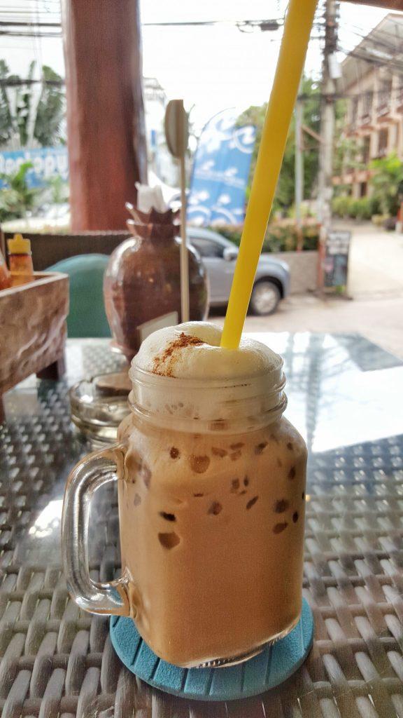 Und zum Abschluß noch einen richtig leckeren Iced Cappuccino. Bei den Temperaturen einfach nur perfekt.
