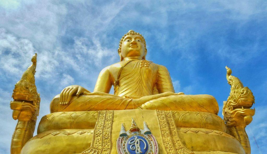 Neben dem Big Buddha gab es oben auch einen golden Buddha zu bestaunen. Zwar etwas kleiner, aber dafür nicht minder in seiner Strahlkraft.