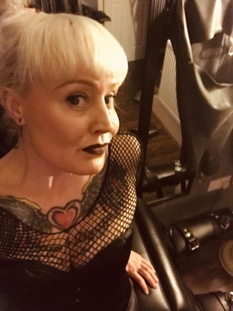 Leeds Mistress Firefly, Professional Yorkshire Dominatrix.