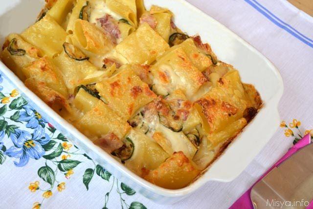 Paccheri Al Forno Con Zucchine E Pancetta