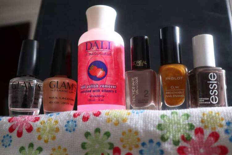 Non-toxic nail polish and nail remover for my personal use