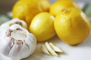 Zitrone-Knoblauch-Kur