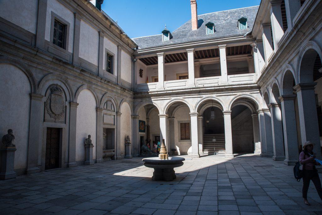 Waffenhof - Alcázar de Segovia
