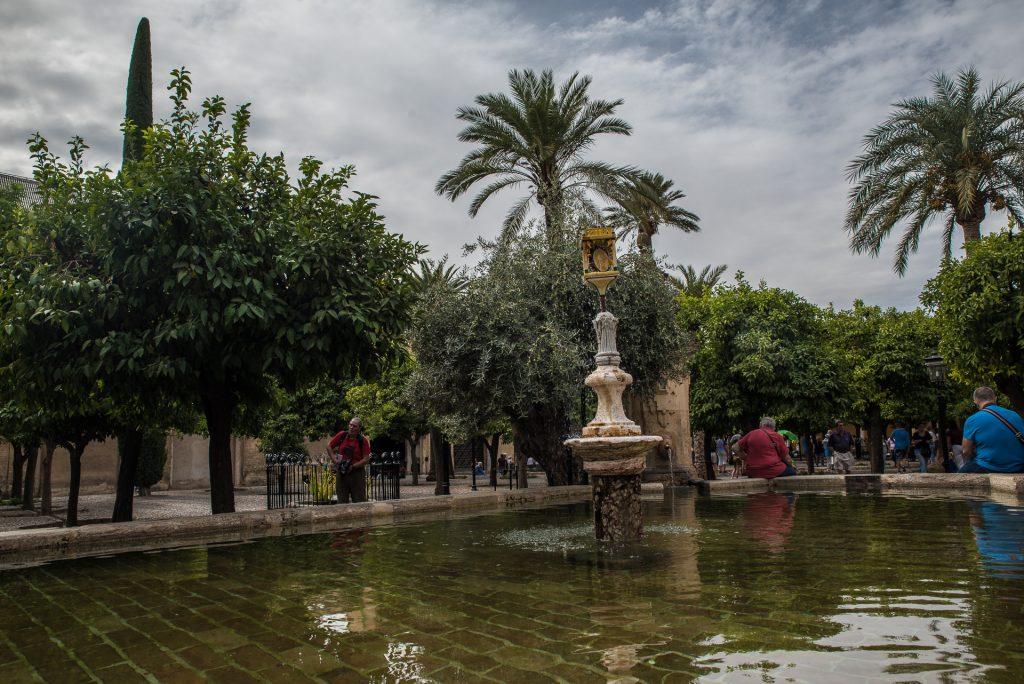 Brunnen im Orangenhof - Mezquita Catedral Córdoba