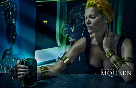 Kate-Moss-Alexander-McQueen-Spring-2014-Campaign