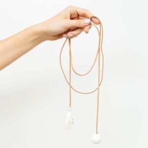 mit Handkuss_Chocker_long_Tassle_Pom Pom_Sand Shell