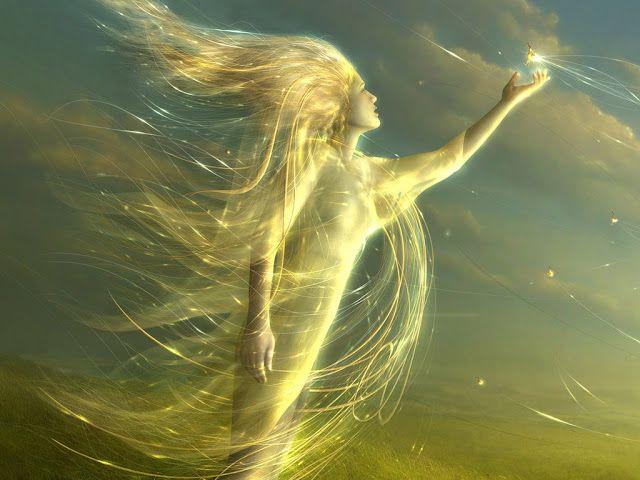Aura hem yunan mitolojisinde hem de roma mitolojisinde ortaya çıkmış bir peridir (Nymph).