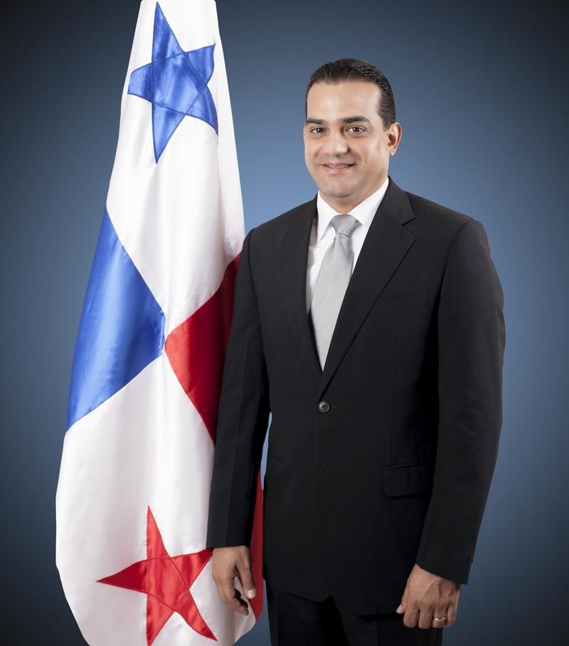 Ministro ministerio de trabajo y desarrollo laboral for Foto del ministro del interior