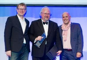 """Verleihung """"Säule des Internets"""", v.l.n.r Arnold Nipper, Sebastian v. Bomhard, Harald A. Summa"""