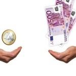 Gehälter im Mittelstand passen sich Konzernen an