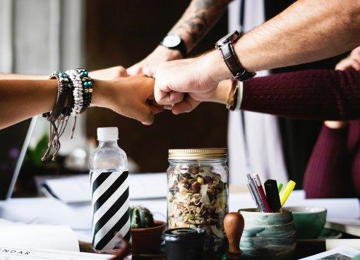 Video: Erfolgreiche Teamarbeit im Internet