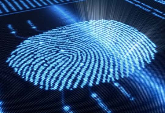 Sensore impronte sotto display LCD full screen