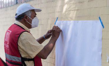 Deriva callejera en compañía de la artista visual Perla Ramos.