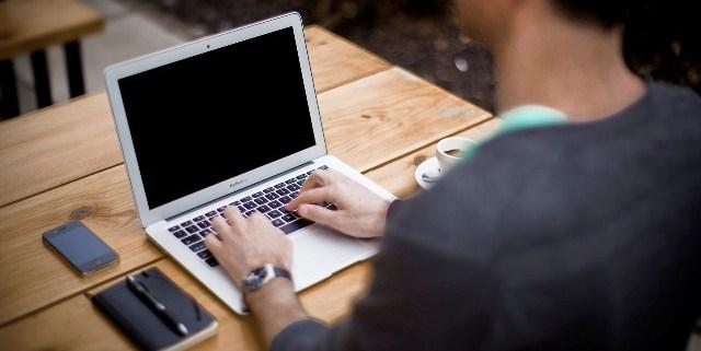 como-ser-organizado-cuando-trabajas-desde-casa-mi-vida-freelance