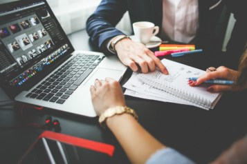 ofrecer-exposicion-trabajar-gratis-mi-vida-freelance