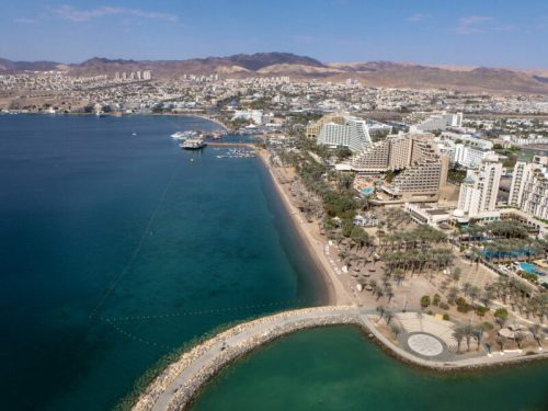 """מפרץ-אילת-צילום-רוני-בלחסן-1-500x375 משרד התיירות משיק קמפיין לעידוד תיירות פנים: """"קפיצה קטנה חופשה גדולה"""""""