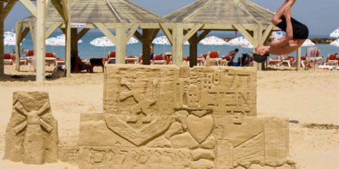 עיריית תל אביב-יפו במחווה ליום ירושלים: פסל חול ענק בחוף ירושלים התל אביבי