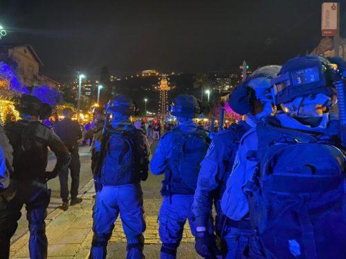 WhatsApp-Image-2021-05-09-at-22.32.16-500x375 מאות מפגינים בחיפה, 15 חשודים בידויי אבנים לעבר שוטרים נעצרו