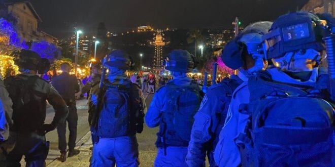 מאות מפגינים בחיפה, 15 חשודים בידויי אבנים לעבר שוטרים נעצרו