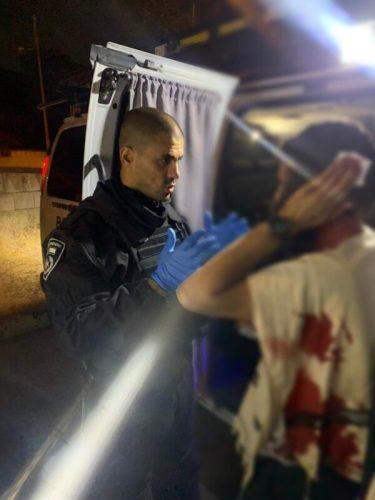 WhatsApp-Image-2021-05-09-at-23.28.01-1-375x500 רכב הותקף באבנים בשכונת א-טור בירושלים, הנהג נפצע בראשו