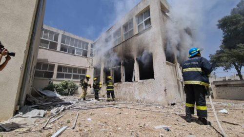 WhatsApp-Image-2021-05-11-at-13.45.22-500x281 הירי לאשקלון: בית ספר בעיר ספג פגיעה ישירה, לא ידוע על נפגעים