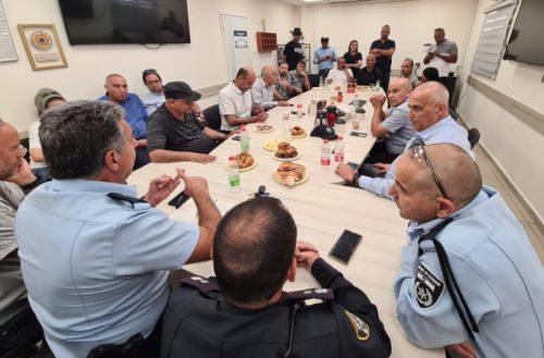 WhatsApp-Image-2021-05-13-at-18.59.53-1-500x329 להשבת הסדר: המשטרה נפגשה עם פעילי ציבור וחברי מועצת העיר לוד