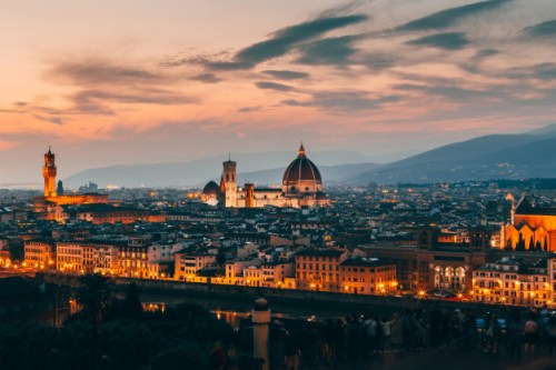 beautiful-aerial-shot-florence-italy-architecture-evening_181624-2203-500x333 האיחוד האירופאי: ישראלים מחוסנים יכולים לבקר במדינות האיחוד