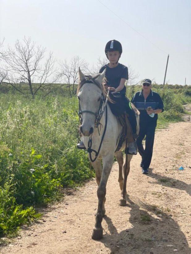 WhatsApp-Image-2021-05-18-at-14.25.40 כמה עולה רכיבה על סוסים?