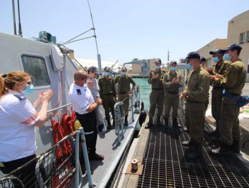 WhatsApp-Image-2021-06-10-at-21.38.22-1-500x378 רפאל יותם בן ה-7 הגשים את חלומו להיות רב-חובל בספינת חיל הים