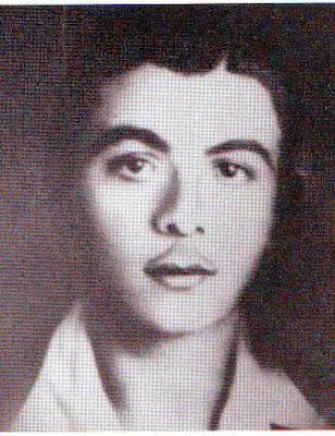 Στέλιος Καρδάρας. Ο 18χρονος ήρωας της αντίστασης που δολοφόνησαν οι ταγματασφαλίτες, αφού πρώτα του έκοψαν τα γεννητικά όργανα