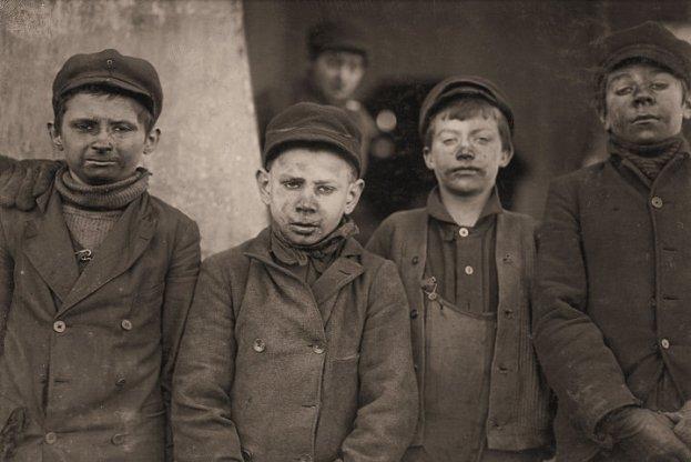 Pennsylvania Coal Co. One of these is James Leonard, another is Stanley Rasmus. Pittston, Pennsylvania.