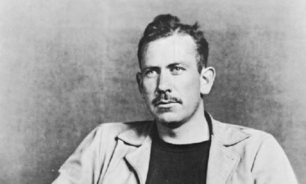 """Ο Στάινμπεκ έγραψε: """"Τα σταφύλια της οργής"""", """"Άνθρωποι και ποντίκια"""", """"Ανατολικά της Εδέμ"""". Ο """"κομμουνιστής"""" που στήριξε τον πόλεμο στο Βιετνάμ. Βραβεύτηκε με Νόμπελ, αλλά το μετάνιωσαν"""