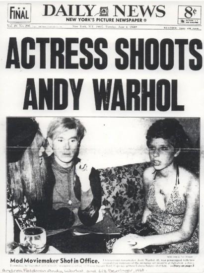 """""""Ηθοποιός πυροβολεί τον Άντι Γουόρχολ"""", έγραφε το πρωτοσέλιδο των Daily News"""