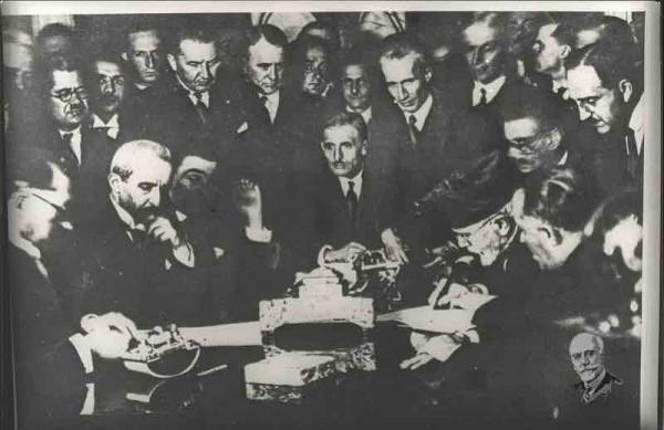 Εκτός από τοτο Ελληνοτουρκικό Σύμφωνο Φιλίας, Ουδετερότητας, Συνδιαλλαγής και Διαιτησίας, τον Ιούνιο του ίδιου έτους είχε υπογραφει και Οικονομικό Σύμφωνο μεταξύ των δύο χωρών.