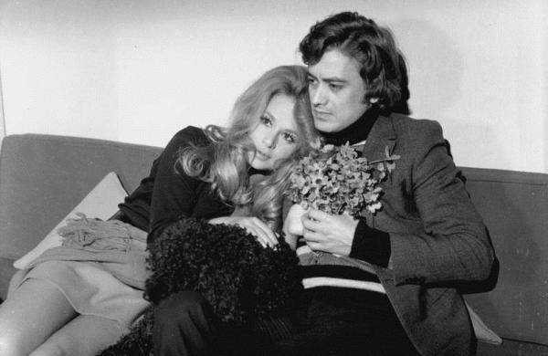 Ο ηθοποιός διέψευσε ότι είχε ερωτική σχέση με τη Βουγιουκλάκη