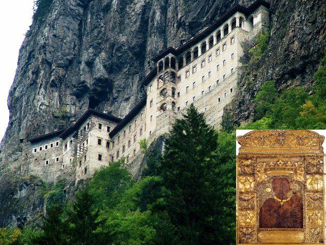 Παναγία Σουμελά. Το μοναστήρι που κατέστρεψαν οι Τούρκοι στη γενοκτονία. Η εικόνα της Παναγίας σώθηκε γιατί είχε θαφτεί σε κοντινό παρεκκλήσι. Βενιζέλος και Ινονού συμφώνησαν να ξεθαφτεί και να μεταφερθεί στην Ελλάδα