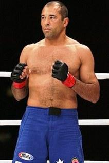 Ο Ρόις Γκρέισι, πρωταθλητής σε MMA και UFC. Μέλος της μεγάλης οικογένειας που μυήθηκε στο Ζίου Ζίτσου