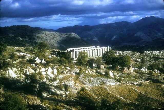 Επικούριος Απόλλωνας, ο Παρθενώνας της Πελοποννήσου που έχτισε ο Ικτίνος και λεηλάτησε ο Κόκερελ. Η μαρτυρία του Καζαντζάκη (βίντεο)