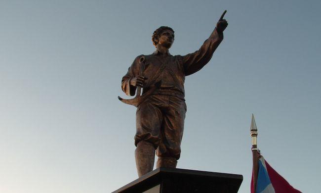 Ο πρώτος Έλληνας που πήγε στην Αμερική έσωσε τους Ισπανούς από βέβαιο θάνατο. Έζησε με τους Ινδιάνους, οι οποίοι τελικά τον σκότωσαν για άγνωστους λόγους